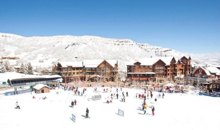 Snowmass_village