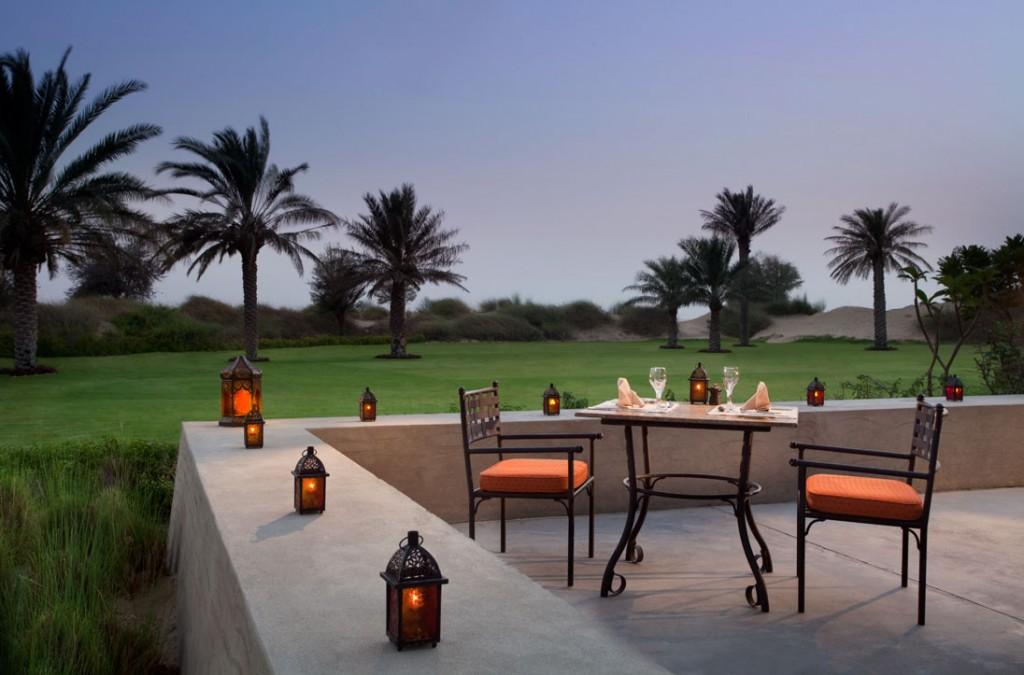 jld_al_forsan_terrace_romantic_dining_bab-Al_Shams
